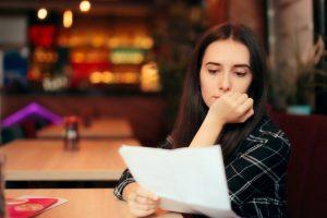 Wie sollten Sie auf eine Bewerbungsabsage reagieren?