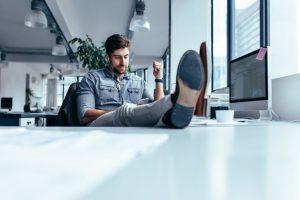 Welche No-Gos gibt es beim Verhalten am Arbeitsplatz?
